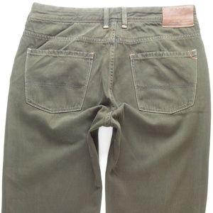 Tommy Bahama Olive Green Jeans Men's 33 Short #502
